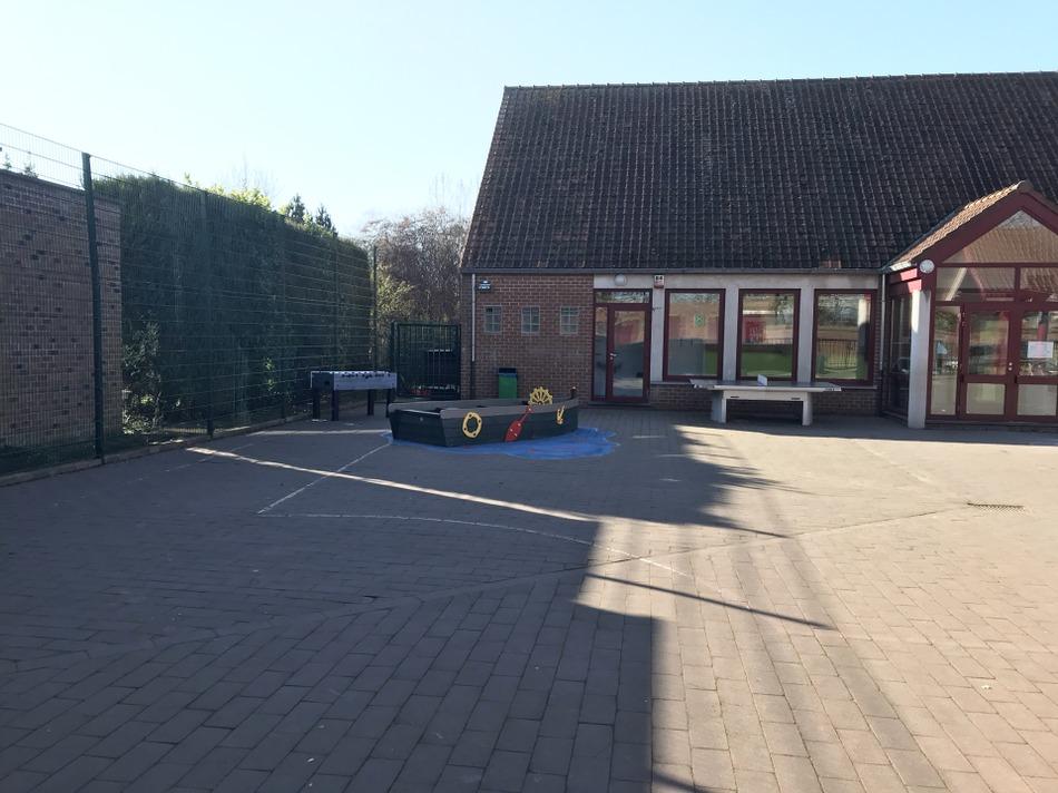 Ecole cour LB
